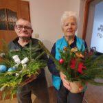 Seniorzy p.Jadzia i p. Franciszek z upominkami